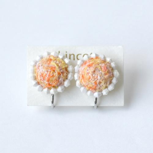 kincot 色糸 小さなまるイヤリング(ビーズ×オレンジ)
