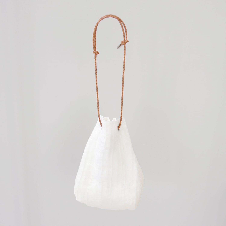 Plain kinchaku bag