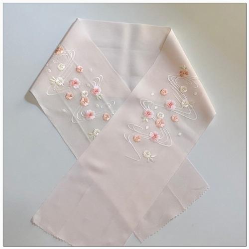 送料無料!★ 半衿 桜 刺繍(ししゅう)和装小物 ★2358