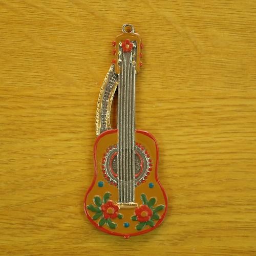 錫の飾り ギター