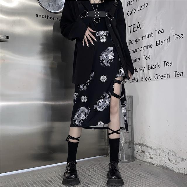 【都谷シリーズ】★龍紋スカート★ ブラック 龍 黒い チャイナ風服 ボトムス ロング丈 S M L 合わせやすい