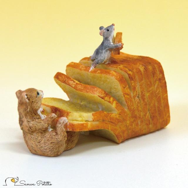 茶トラ猫 ねこ ネコ レトロ アンティーク風 食パン 猫とねずみ 置物 オブジェ プレゼント ギフト かわいい ミニチュア EV14441A 高さ約5cm