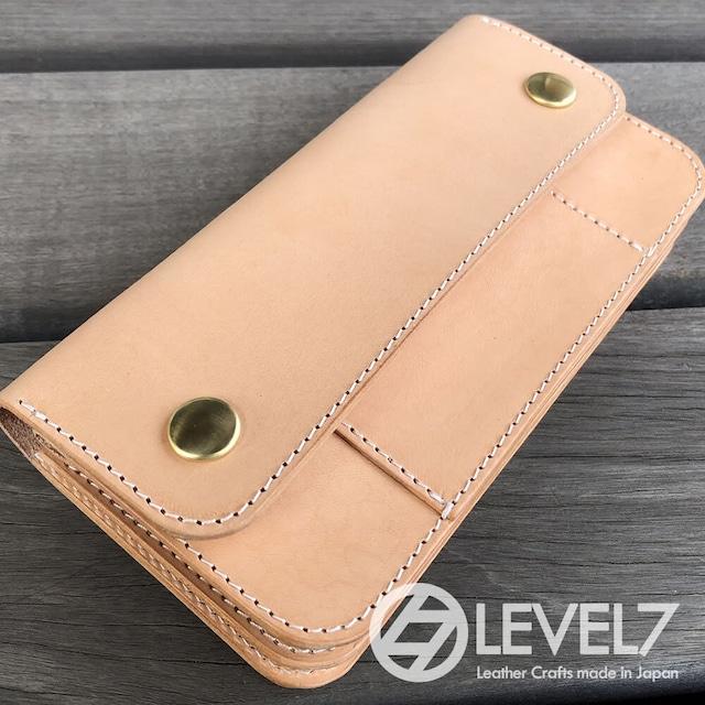 トラッカーズウォレット/ミドルウォレット Mサイズ イタリアンレザー 生成りのヌメ革使用 日本製 真鍮ホック LEVEL7