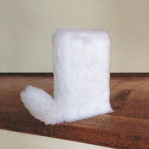 尻尾が栞になるフワフワなブックカバー:White Rabbit