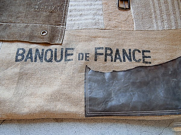 ミリタリーリメイクコラージュバッグ( BANQUE DE FRANCE)