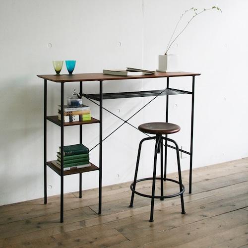 カウンターテーブルを使いこなして、最高のワークスペースをつくる。