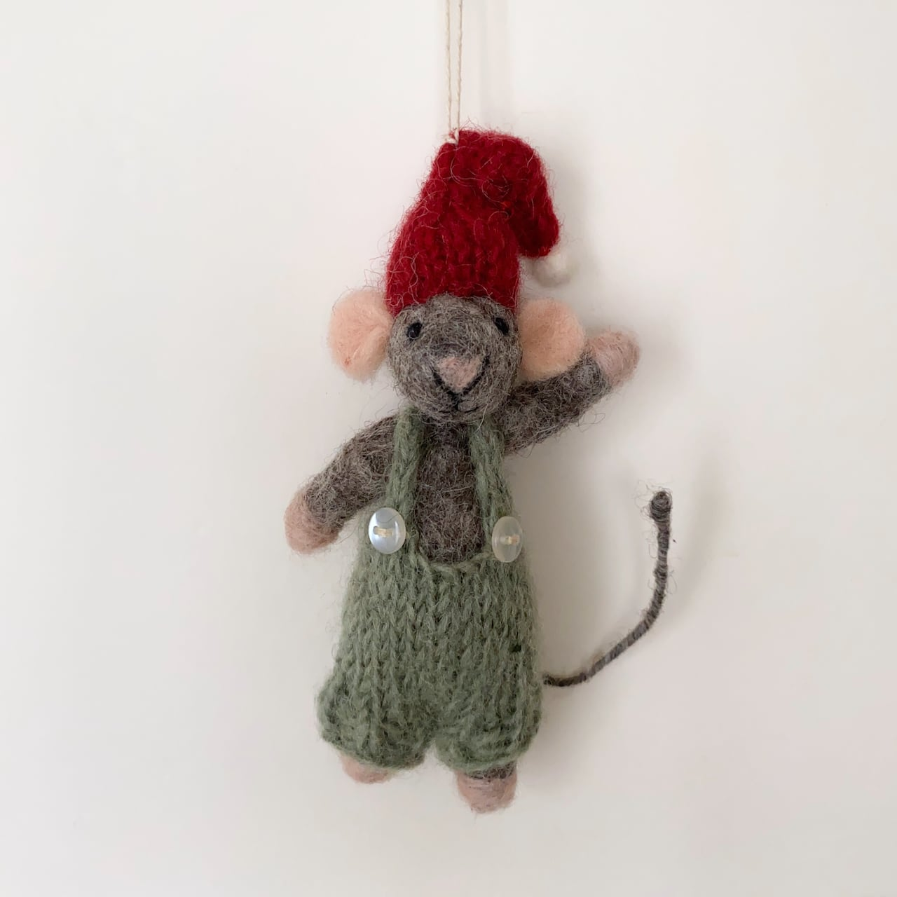 Grey Mouse with Green Pants|緑のズボンの灰色のマウス オーナメント