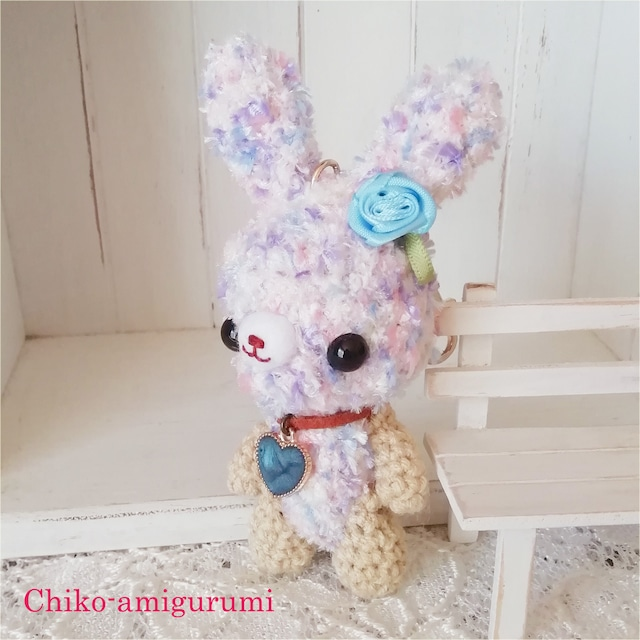 Chiko-amigurumi:キーホルダー アジサイうさぎさん ♪ やさしい紫陽花の子