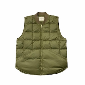 COMFORTABLE REASON / RIP-STOP DOWN VEST -OLIVE-