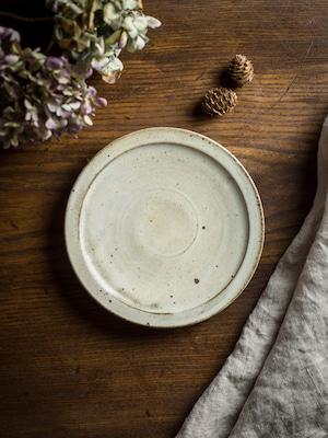 白マット釉 6寸プレート(粉引皿・18cmプレート・ケーキ皿)/くるり窯