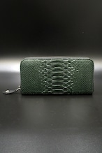 Item No.0293: Round Zip Wallet/Diamond Python Mat Green