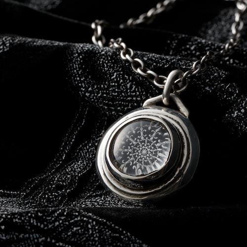 Universe lily motif Crystals top pendant