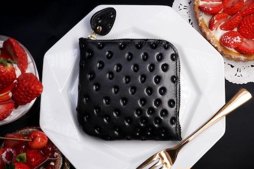 黒いちごなL字ファスナーコンパクト財布(牛革製)