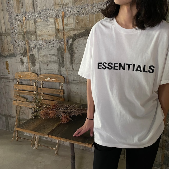 ESSENTIALS【エッセンシャルズ】NEW FRONT LOGO TEE (WHITE).