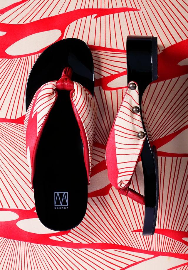 MANAKA ヒール下駄:波柄(GETA Kimono nami)3.5cmヒール