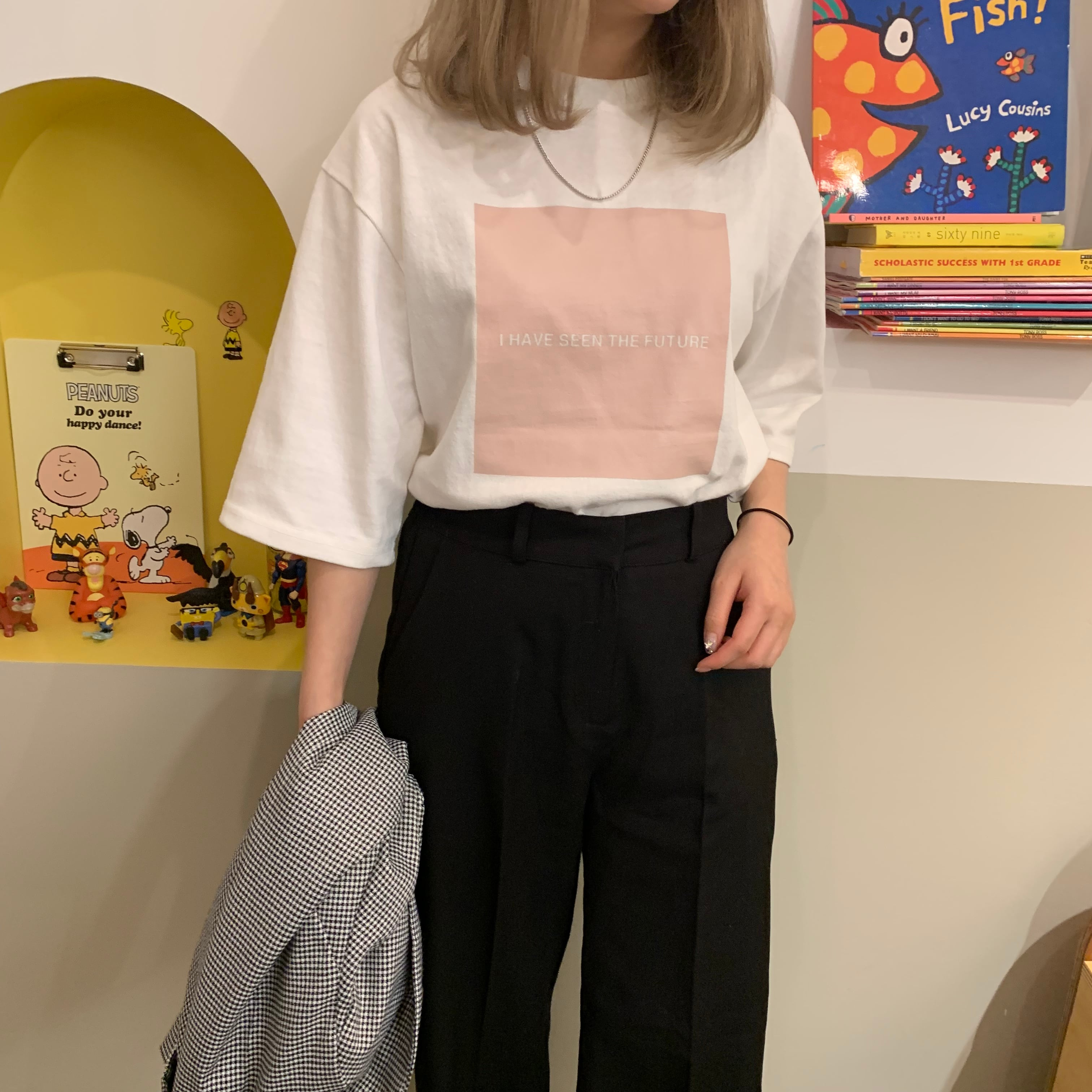 wide silhouette pants