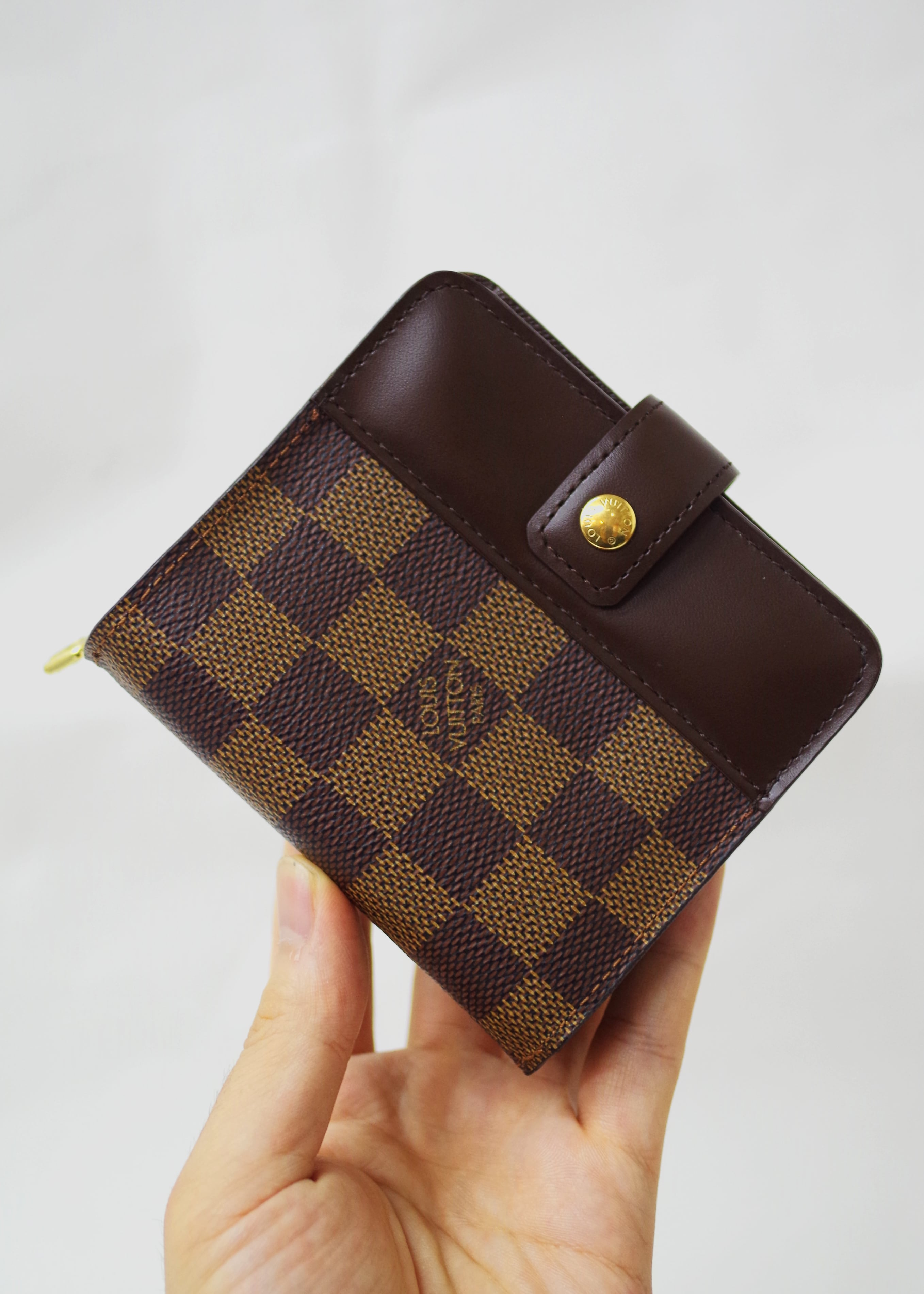 LOUIS VUITTON ルイ・ヴィトン N61668 ダミエ コンパクト財布