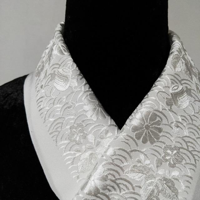 【新品】半衿 ししゅう 絹交織 青海波に宝づくし 白×白★1点限り