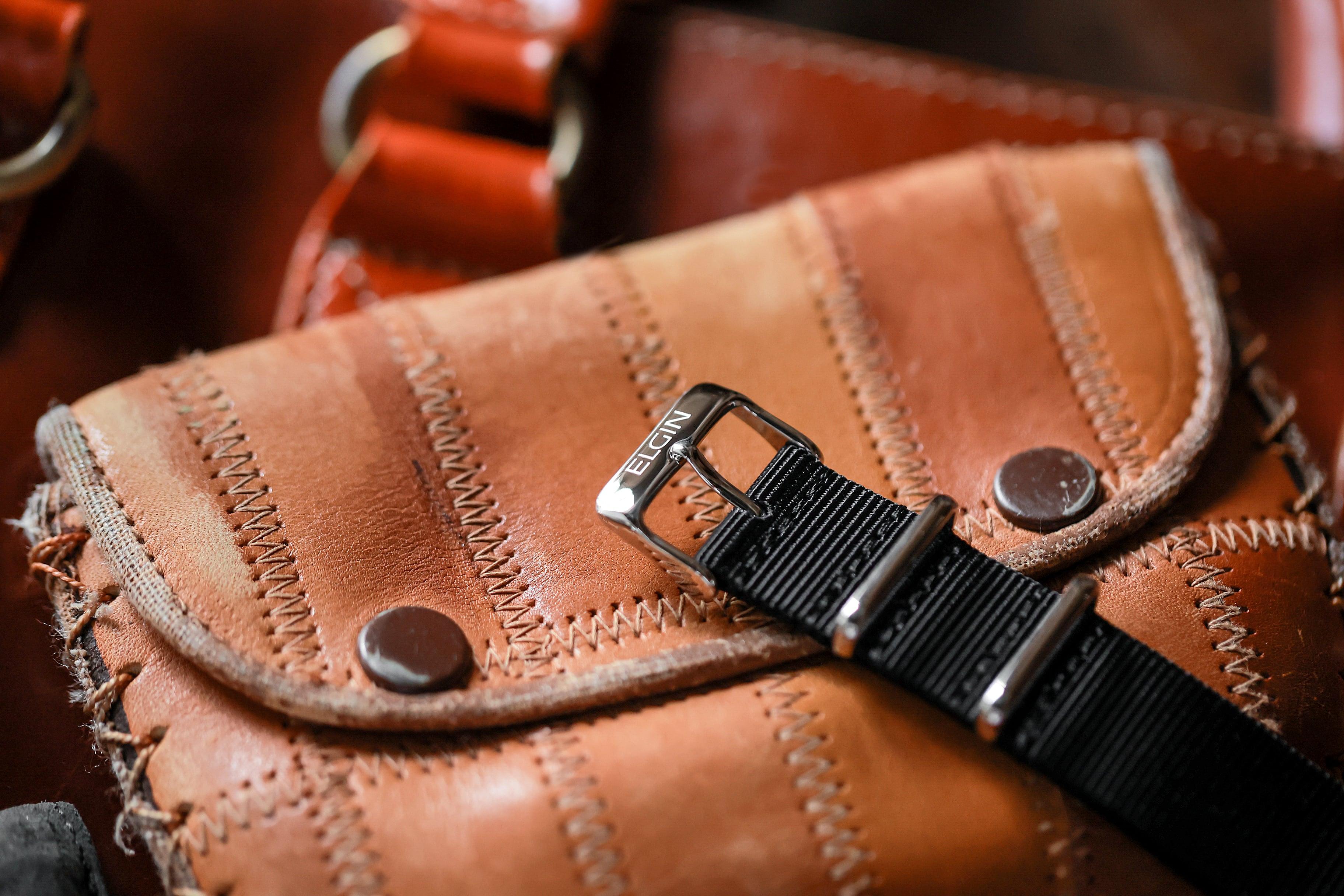 メンズ&レディース腕時計 CR001BK