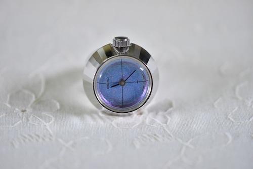 【ビンテージ時計】1970年代製造 セイコー指輪時計 角度で表情を変える稀少文字盤