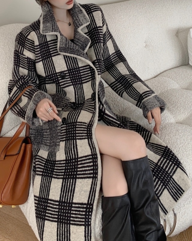 デザインチェック柄襟付きロングコート