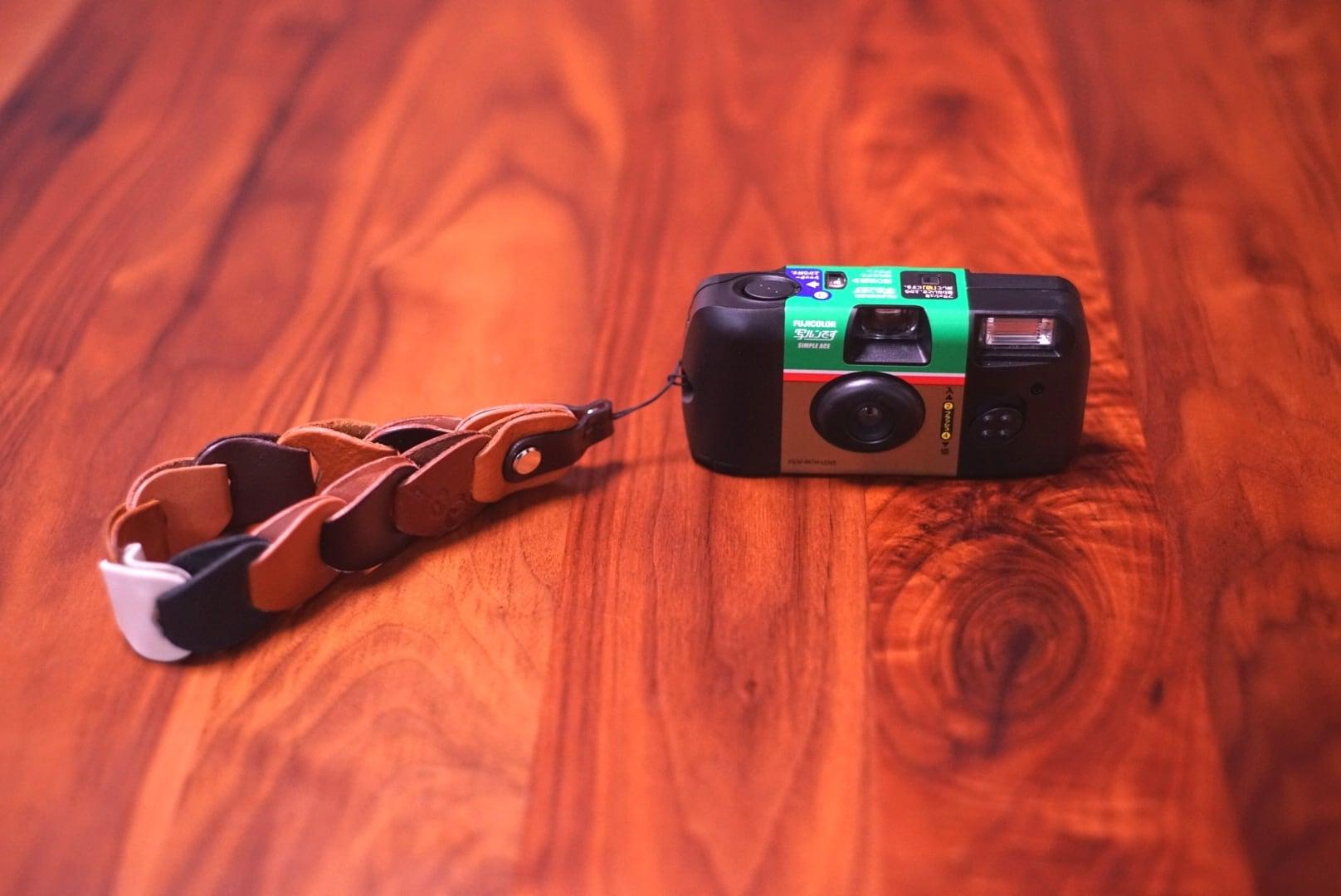 folklole mini / Hand Strap #12【ウロコのようなカメラストラップ】