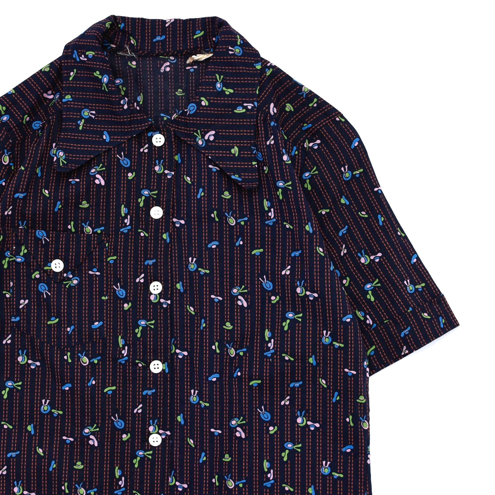 """Japan vtg """"昭和レトロ"""" full pattern shirt"""