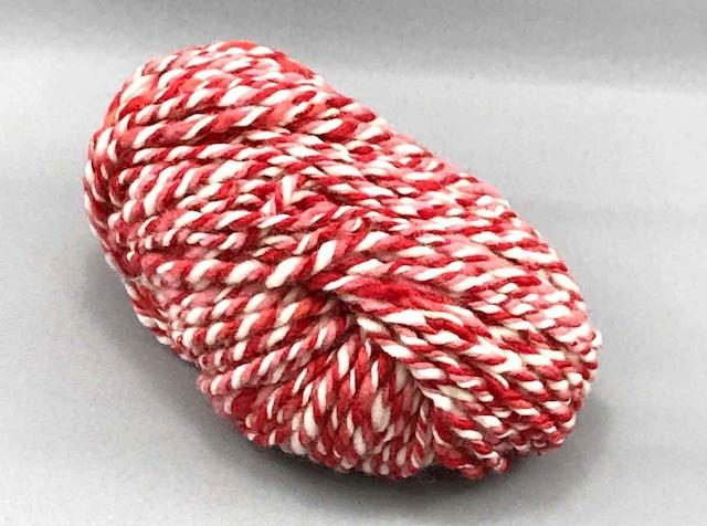 Km1)ストロベリーミルク 3ply 毛糸