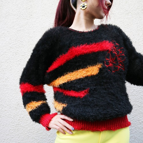 Euro shaggy knit sweater【Black × red × orange】