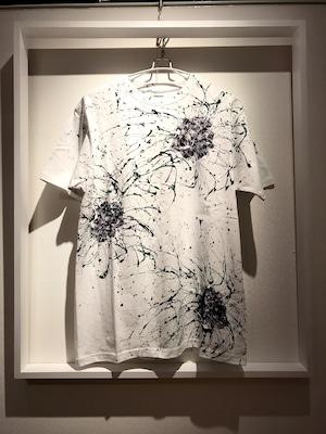 薔薇シブキTシャツ(白地×モノトーンバラ)