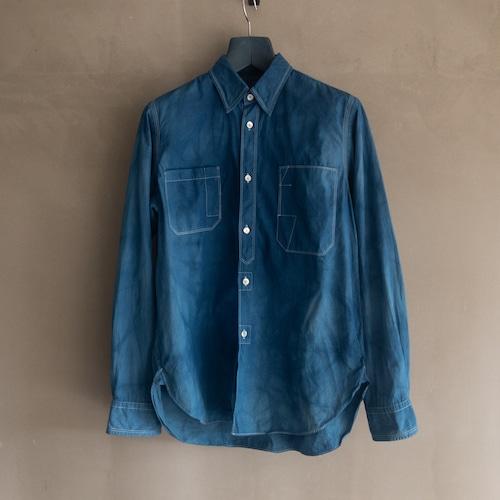 青いブロックチェックシャツ