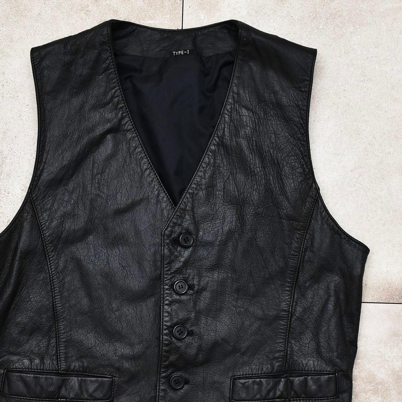 Vtg type-1 black leather vest / gilet