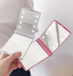 【訳ありアウトレット】LEDライト付き持ち運び手鏡☆
