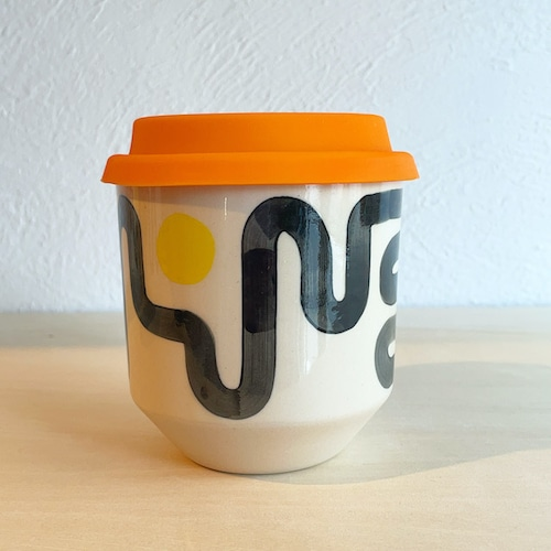 """STEPH LIDDLE """"The Moment Cup"""" Wiggle with Yellow Dot -white stoneware"""