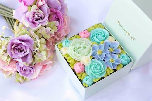 【Radiant Blue】ボックスフラワーケーキ