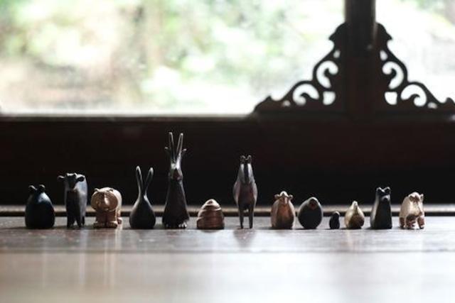 十二支 【 大寺幸八郎商店 】ミニ干支セット 肌(ゴールド)、茶、黒ミックス 箱入り 干支の置物
