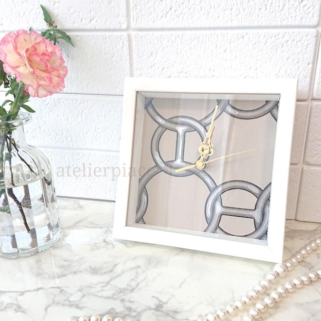 フィルダルシャンのアートボックス時計