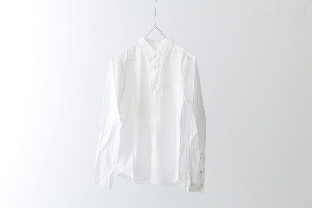 White shirt / COMMONO reproducts