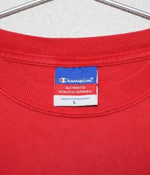USED CHAMPION LONG SLEEVE T-Shirt