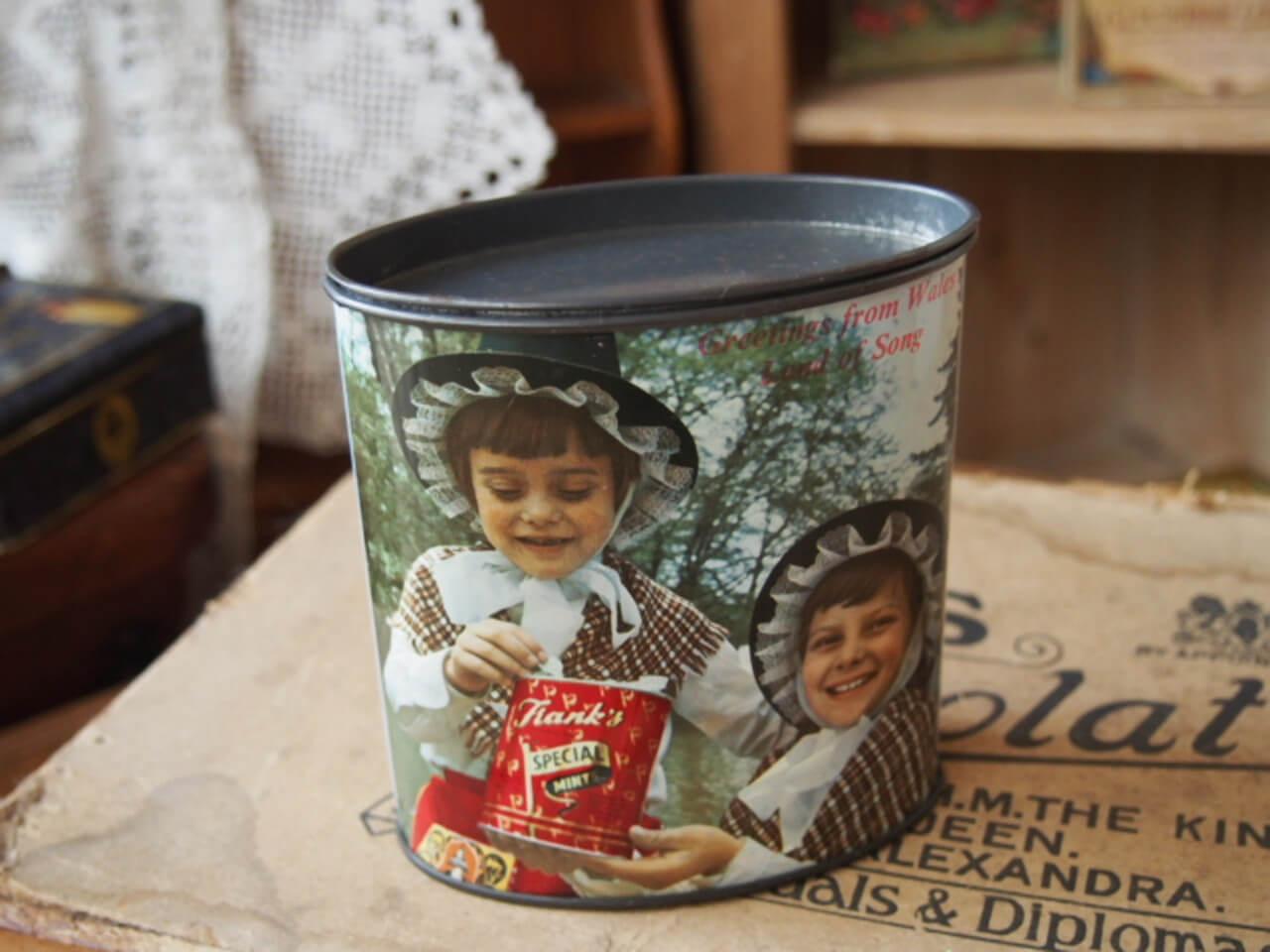 イギリスアンティーク キャンディー缶