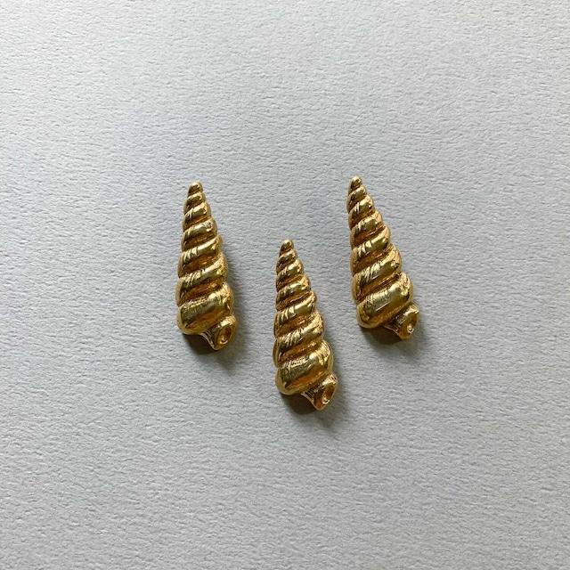 Duaオリジナル 長い巻貝の真鍮ボタン