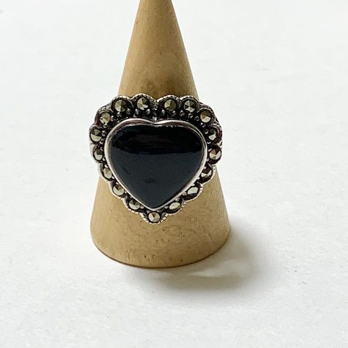 Vintage 925 Onyx & Faux Marcasite Heart Shaped Ring