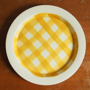 Digoin Sarreguemines(ディゴワン・サルグミンヌ)のイエローチェックの大皿