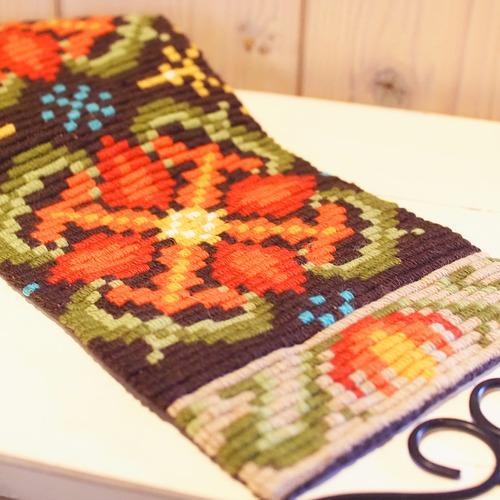北欧刺繍ヴィンテージタペストリー フラワー柄