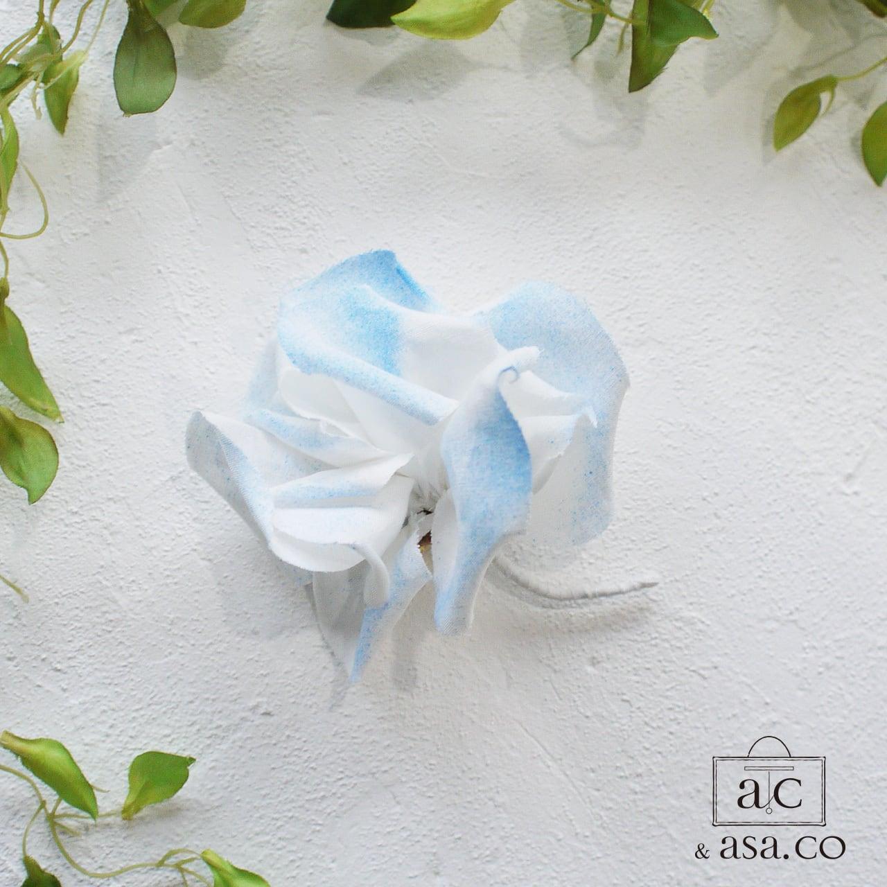 麻のコサージュ 〈 Gardenia 〉マリン