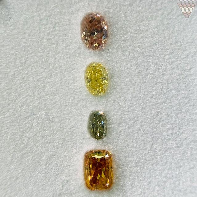 合計  0.69 ct 天然 カラー ダイヤモンド 4 ピース GIA  2 点 付 マルチスタイル / カラー FANCY DIAMOND 【DEF GIA MULTI】