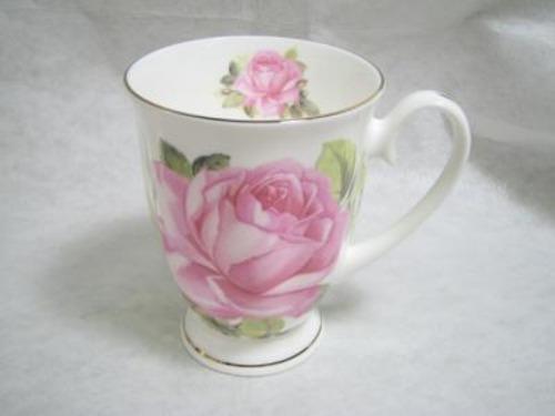 ボーンチャイナ レンジ対応 バラ柄マグカップ