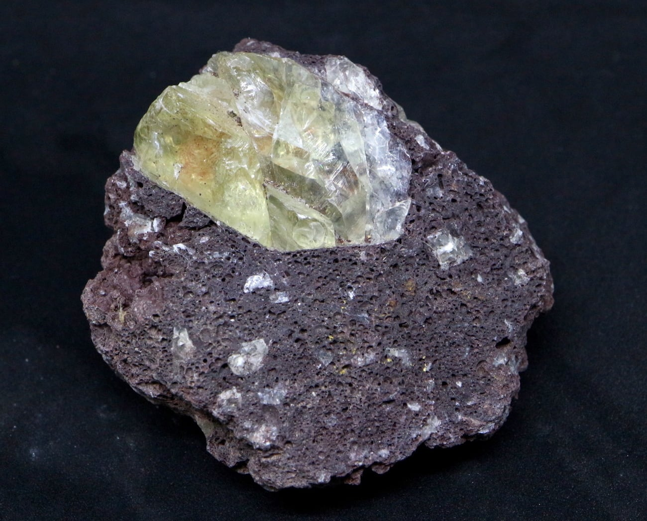 オレゴン サンストーン 母岩付き! 66,8g SUN035  鉱物 天然石 原石