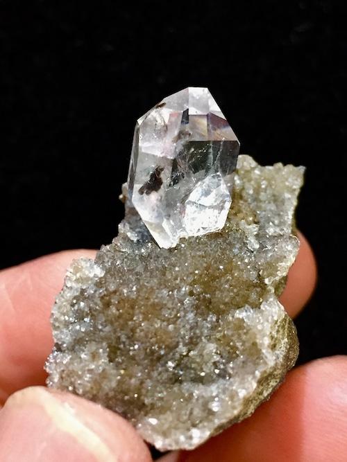 9) ニューヨーク・ハーキマー・ダイヤモンド母岩付き