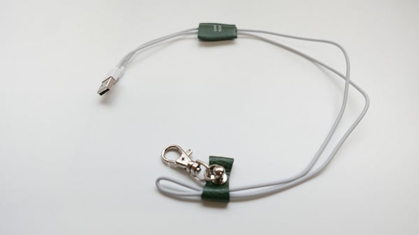 i phone ケーブルホルダー  cable holder  - 画像2